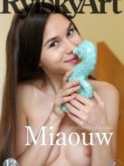 Miaouw : Leona Mia